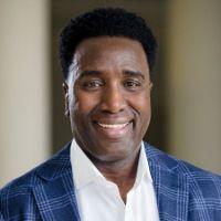 Headshot of business man Quincy L. Allen